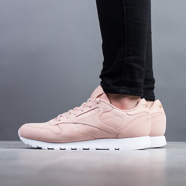 ... Women's Shoes sneakers Reebok Classic Leather Nude CN1504 ...