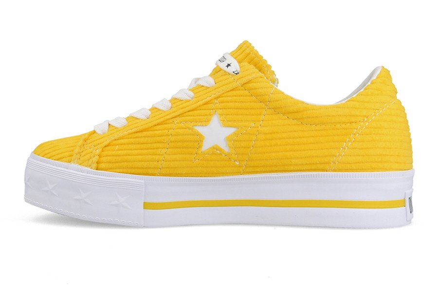 18a72141842eaa ... 561393C · Women s shoes sneakers Converse One Star Platform OX