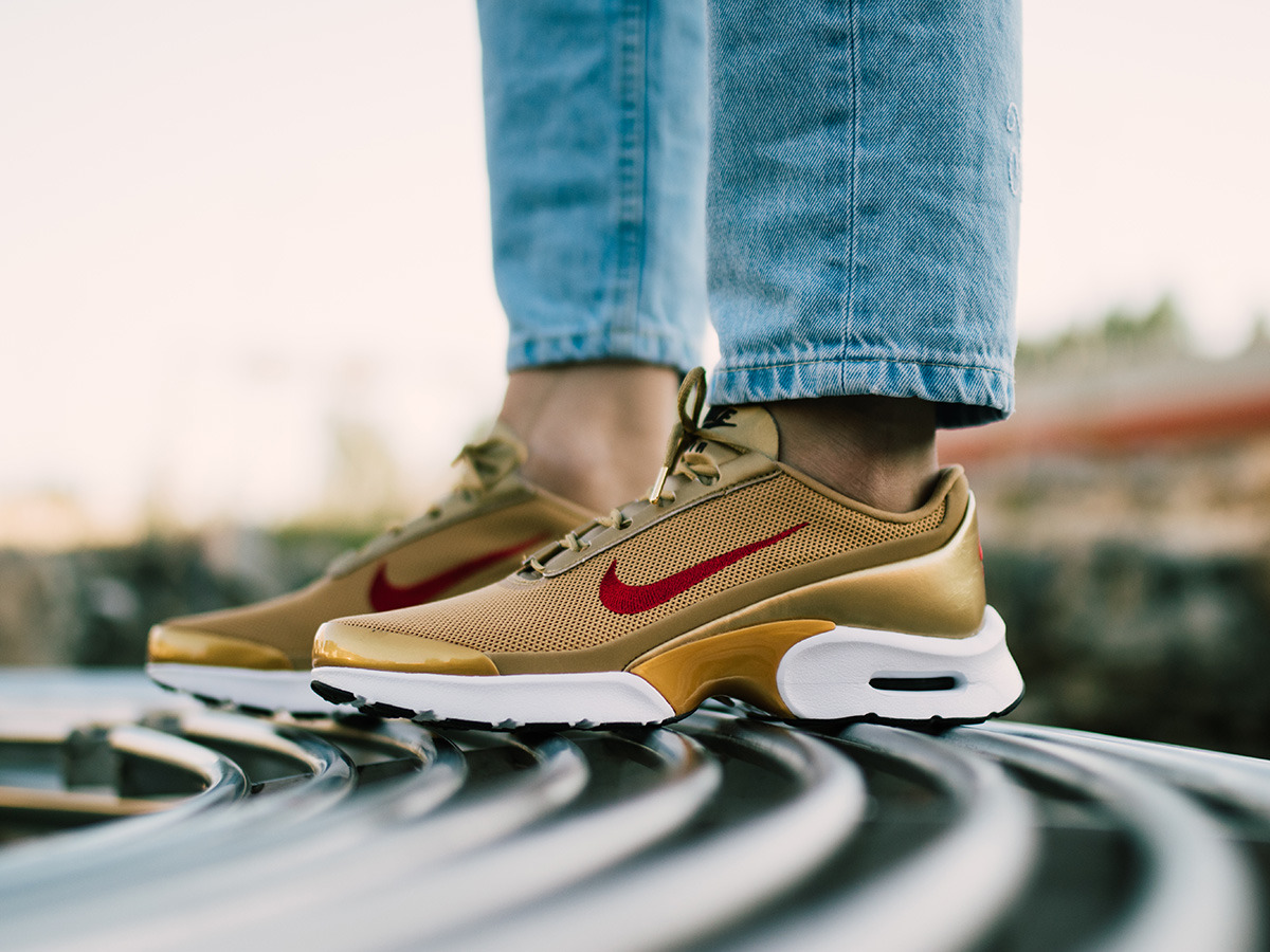 low cost womens air max jewell gold 9c638 84145