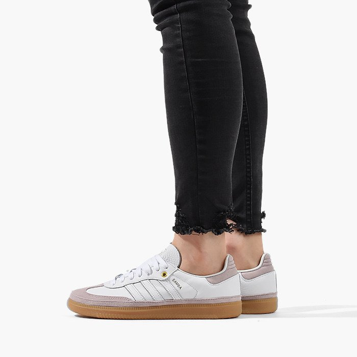 https://sneakerstudio.com/eng_pl_Womens-shoes-sneakers-adidas-Originals-Samba-OG-CG6097-18398_1.jpg
