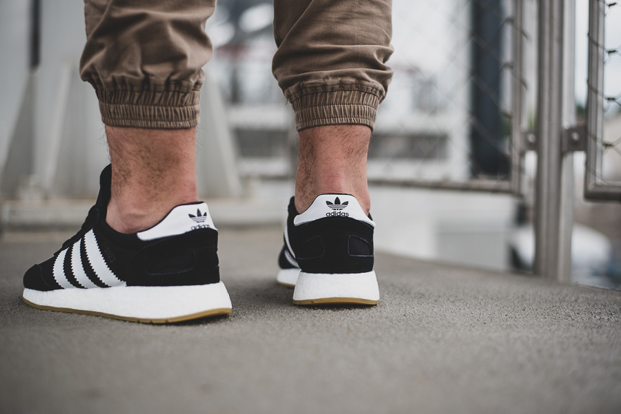 I 5923 Sneakerstudio Best Iniki D97344 Adidas Runner Shoes W9EDeIYH2b