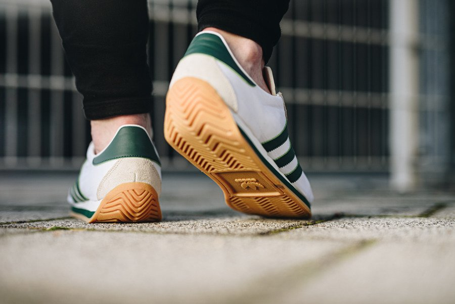 adidas chaussure country og