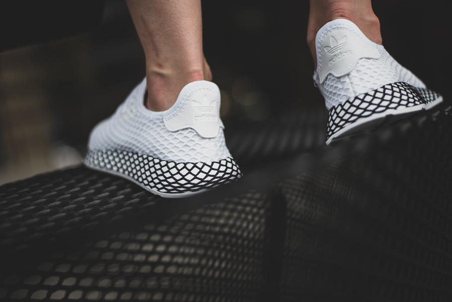 classic fit 99a18 e197b basket adidas originals deerupt