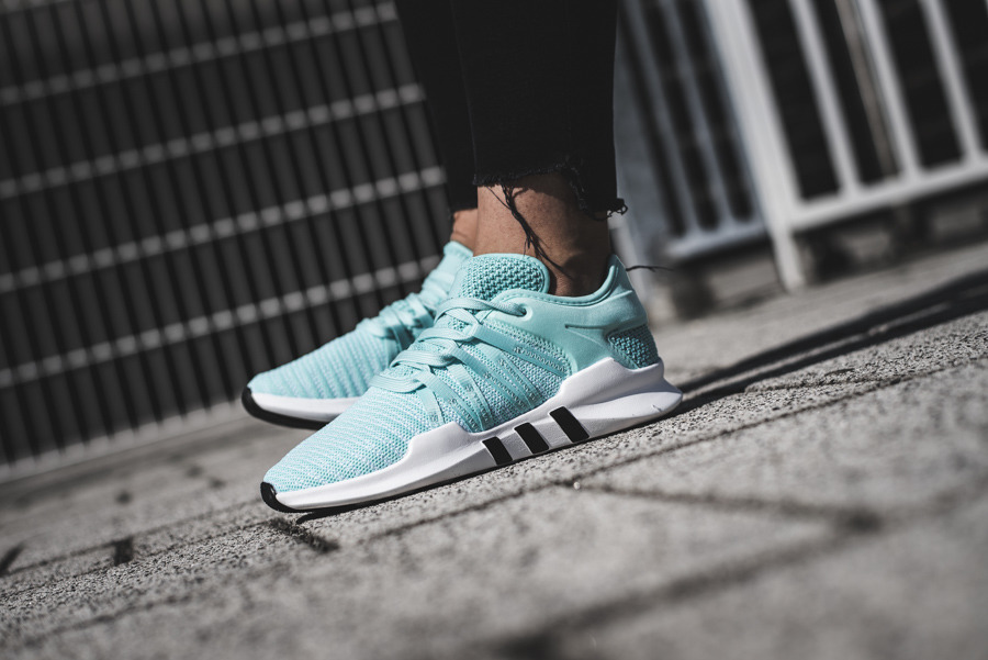 https://sneakerstudio.com/eng_pl_adidas-Originals-Equipment-Eqt-Racing-Adv-BZ0000-13306_2.jpg