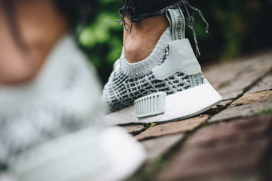 9a6cfacf8ddeb adidas Originals Nmd R1 Stlt Pk W CQ2031 - Best shoes SneakerStudio