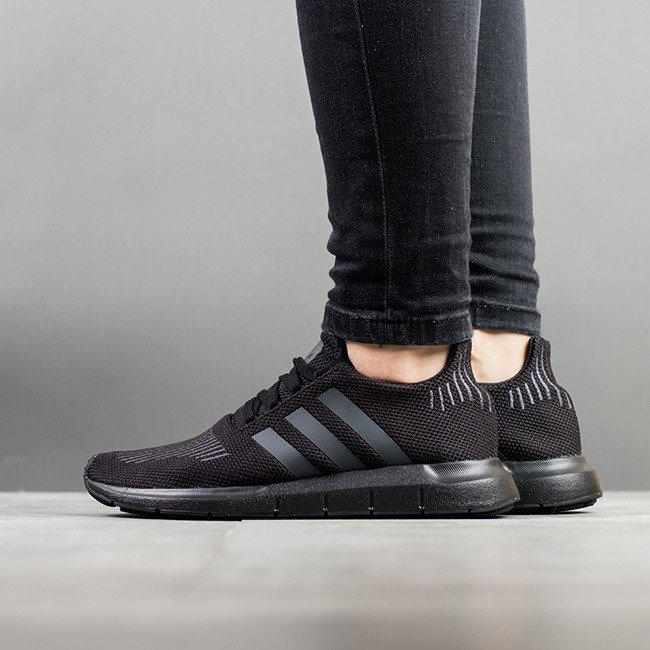 adidas Chaussure Swift Run gris | adidas Canada