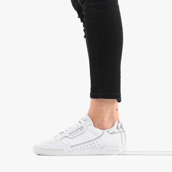 EE6471 adidas Continental 80 J. White