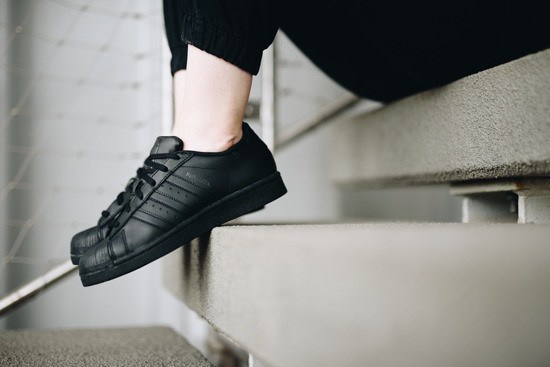 ADIDAS ORIGINALS SUPERSTAR B25724