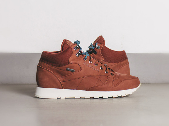 MEN'S SHOES SNEAKERS REEBOK CLASSIC LEATHER MID GORE-TEX M49143
