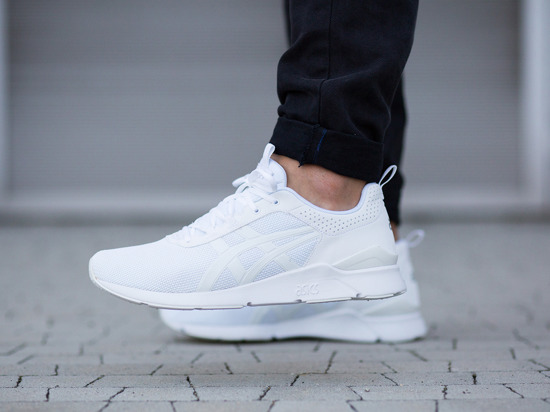 asics gel lyte runner white