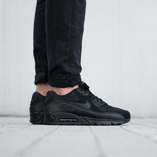 Men's Shoes sneakers Nike Air Max 90 Essential 537384 090