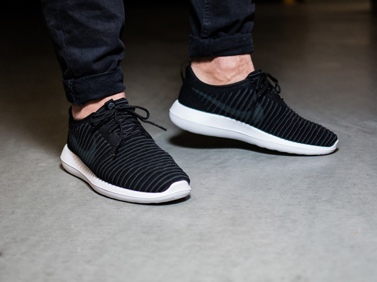 e24ed56fe4792 ... free shipping mens shoes sneakers nike roshe two flyknit 844833 001  d4ae8 d2cd7