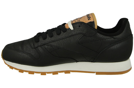 classic black reebok shoes men