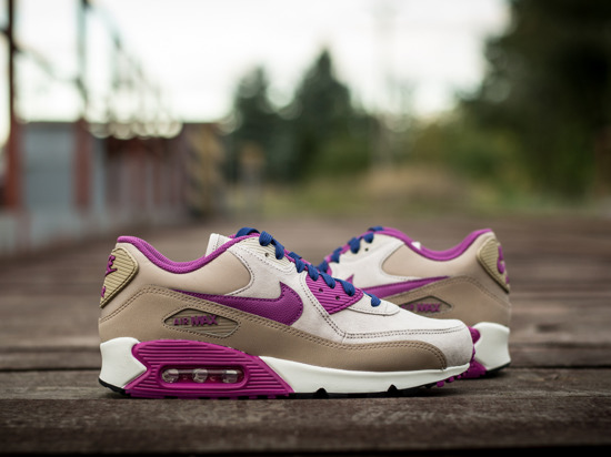 WOMEN'S SHOES  NIKE AIR MAX 90 LEATHER 768887 200
