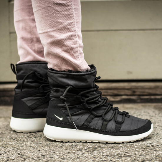 Creative Nike Snow Boots Plus Velvet Winter Shoes For Women With Light Green - $89.00
