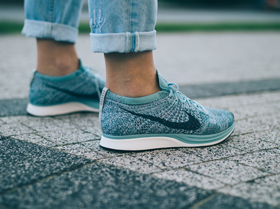 "Women's Shoes sneakers Nike Flyknit Racer ""Macaroon Pack"" 526628 102"