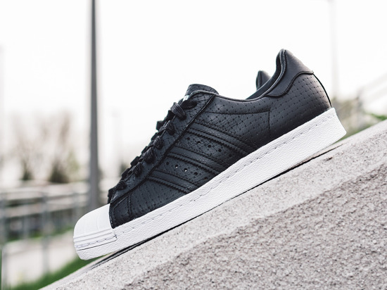 premium selection 202b6 58e38 eng pm Womens-Shoes-sneakers-adidas -Originals-Superstar-80s-Woven-S75007-10378 2.jpg