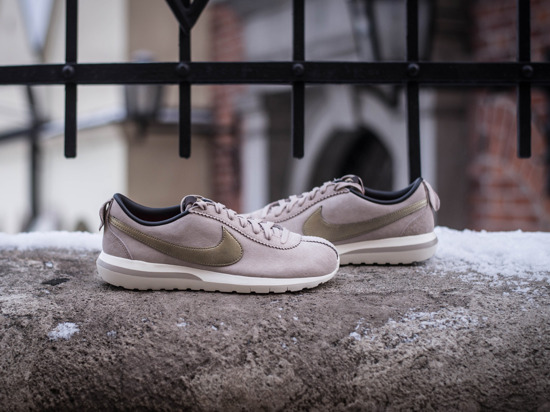 ... womens shoes sneakersy nike roshe cortez nm premium suede 819862 200 ...