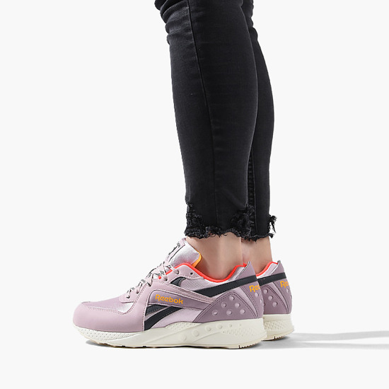 Women's shoes sneakers Reebok Pyro DV5873