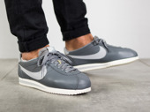 Men's Shoes sneakers Nike Classic Cortez Leather Premium 833657 001