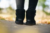 Women's shoes UGG Mini Bailey Button II 1016422 BLK